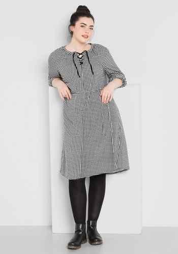 Kleid a linie punkte