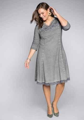 0240e0743cd51f Elegante Kleider in großen Größen für Damen online kaufen