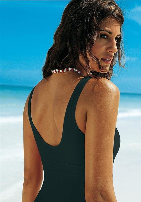 online store 41816 cf475 LASCANA Badeanzug mit Schlankmach- Effekt - schwarz | sheego