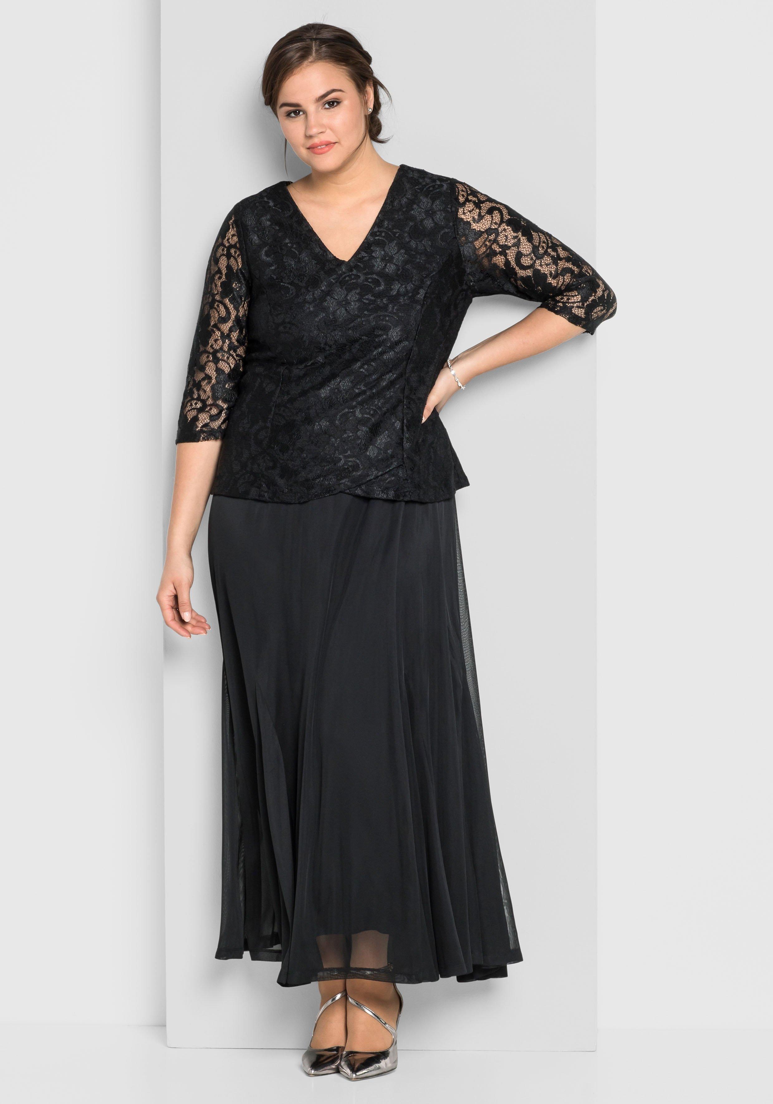 Große Größen: Abendkleid mit floraler Spit...