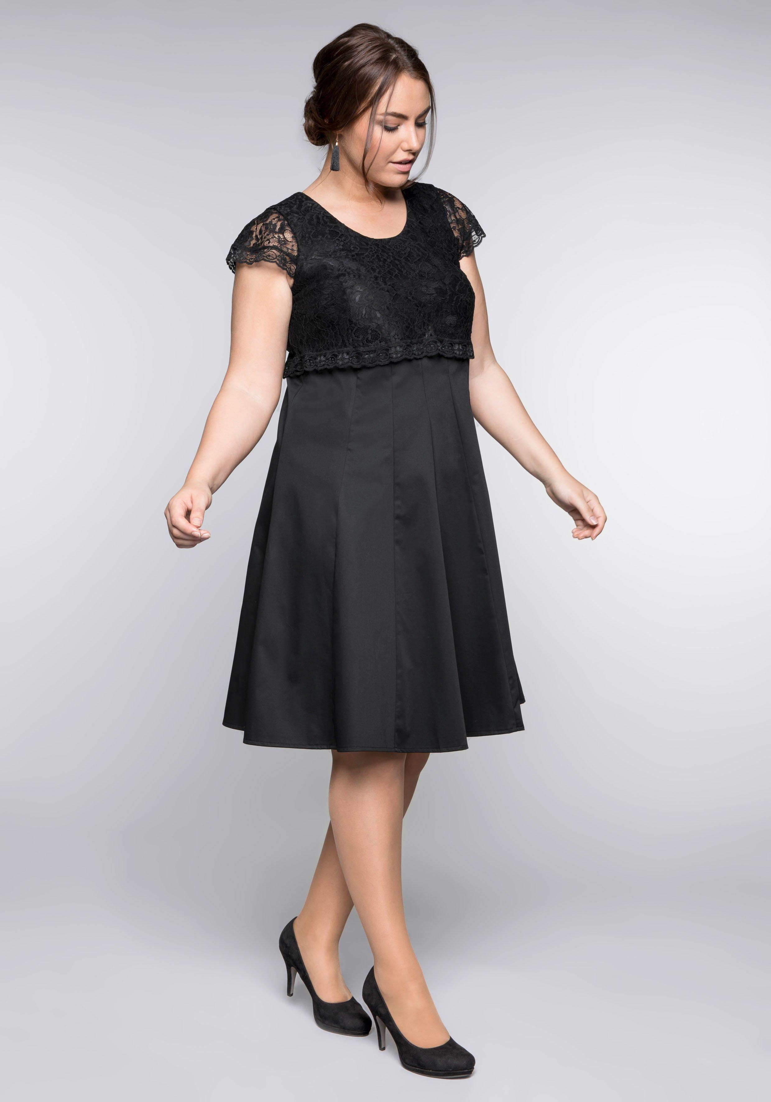 Große Größen: Kleid mit edlem Spitzenobert...