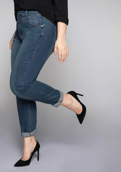 Schmale Stretch-Jeans KIRA mit Bodyforming-Effekt - blue Denim - 44
