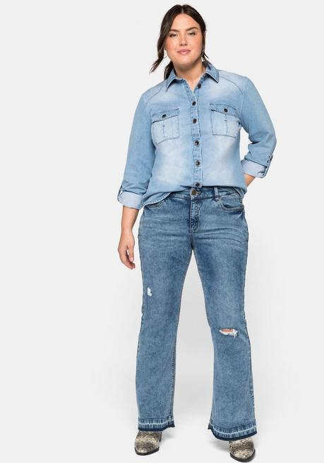 Flare Jeans mit Destroyed-Effekten und Fransensaum - blue used Denim - 44
