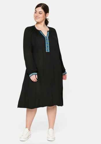 Kleider Grosse Grossen Schwarz Langarm Sheego Plus Size Mode