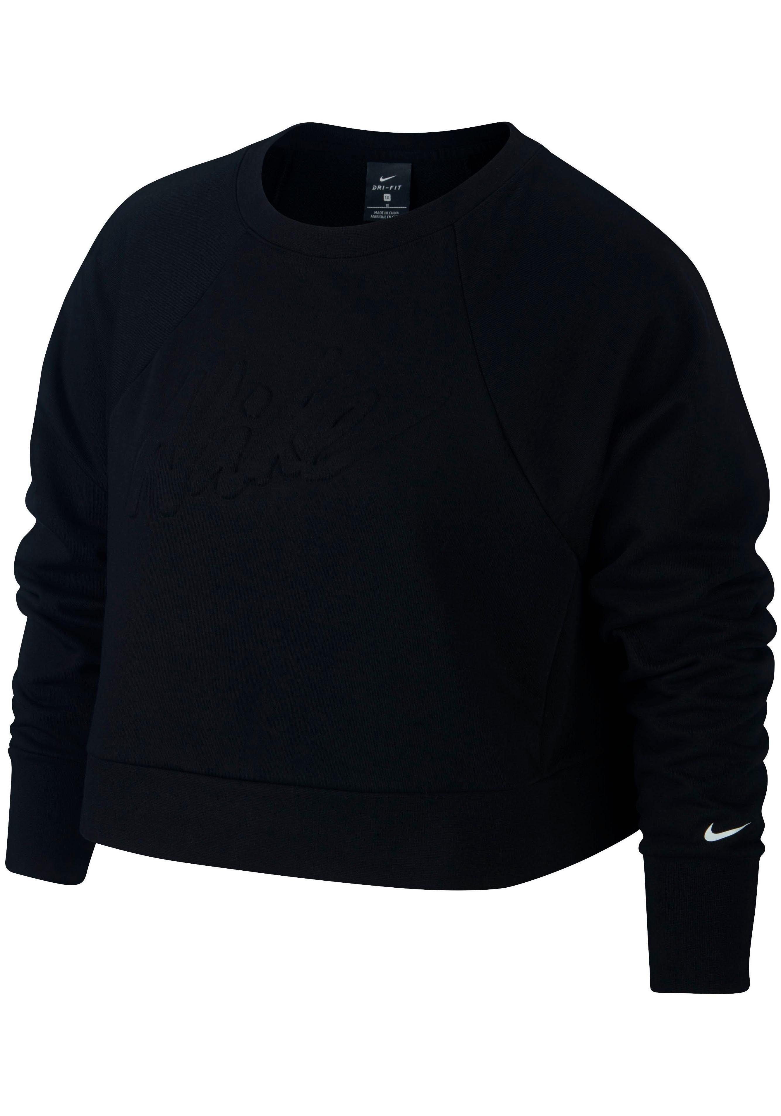 Artikel klicken und genauer betrachten! - Schnelltrocknendes Sweatshirt von Nike®mit feuchtigkeitsableitender Dri-FIT-Funktion. In bequemer Passform mit Rundhalsausschnitt, bewegungsfreundlichen Raglan-Ärmeln und breiten Bündchen. Große Logoprägung vorn sowie kleiner Logoprint am Ärmel. Atmungsaktive Sweatqualität. | im Online Shop kaufen